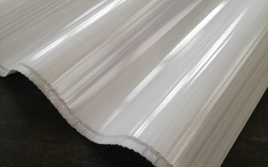 Isolerende  driewandige polycarbonaat golfplaat direct leverbaar